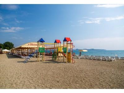Приветливый берег |Геленджик | собственный оборудованный пляж